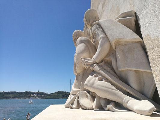Das Seefahrerdenkmal in Belem. Viel los - dennoch herrlich anzuschauen...welch eine Größe!