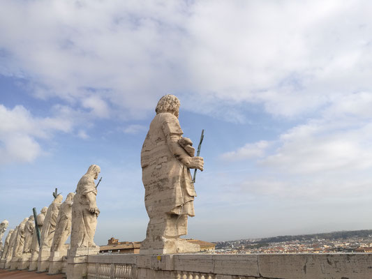 Auf dem Dach des Petersdom
