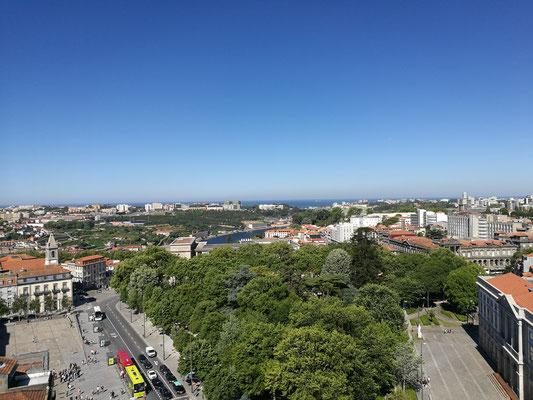 Blick von der Kirche Sao Pedro dos Clerigos