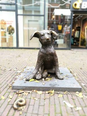 Fikkie, die bekannte Statue (in Rotterdam gibt es so viele, tolle Statuen - Augen auf!)