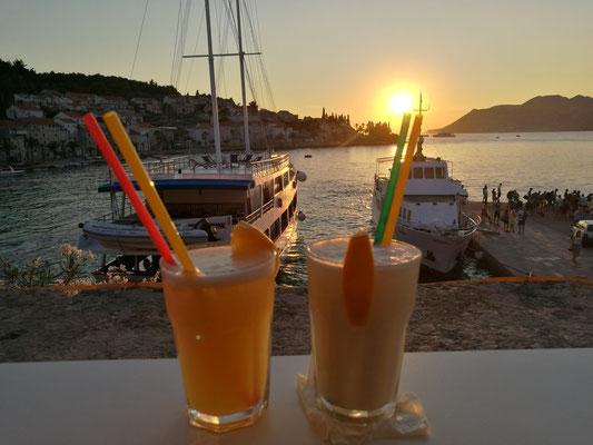 Sundowner am Hafen - 2x Cocktail bitte