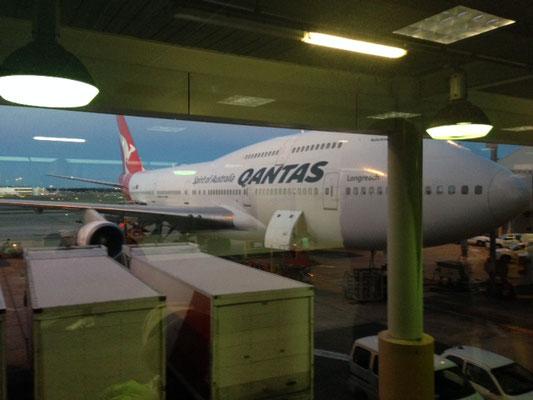 Notre avion: un boeing 747-400 de la compagnie Qantas
