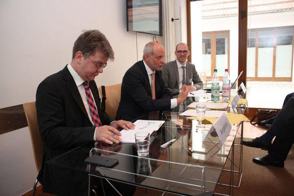 Moderation des estnischen Europaministers. Foto: EBD