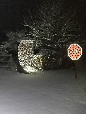 Sculpture métal sous la neige : réservoir d'amour © Michel LAURENT