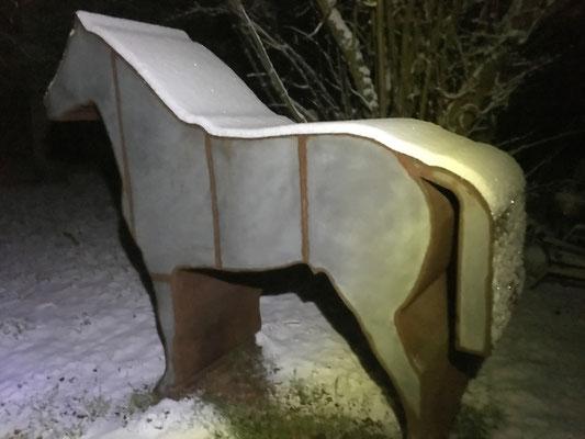 Sculpture métal sous la neige : Cabalum © Michel LAURENT