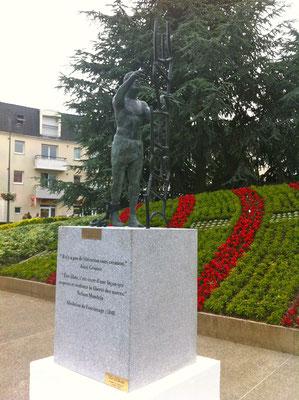 Statue bronze Liberté, sculpteur Langloÿs
