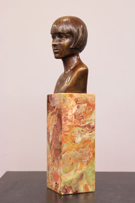 Sculpture-buste-statue-bronze-sulpteur-Langloys-Louise-Brooks