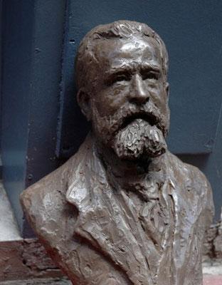 Sculpture-buste-statue-bronze-sulpteur-Langloys-JeanJaurès
