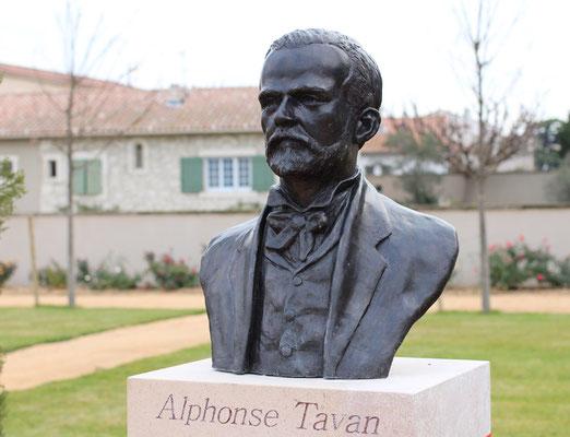 Sculpture-buste-statue-bronze-sulpteur-Langloys-Alphonse-Tavan