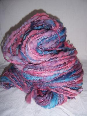 handgefärbter kammzug- dick dünn versponnen , verzwirnt mit mohair und wrapped mit lurex