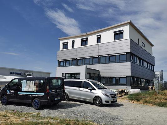 Neubau Bürogebäude mit Penthousewohnung und Produktionshalle in Bretzfeld, Fenster, Eingangselemente, und Fluchttüren,
