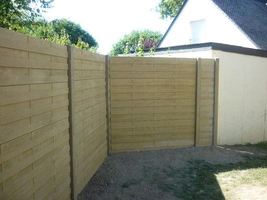 clôture Panneaux béton imitation bois 35140 Saint-Aubin-du-Cormier