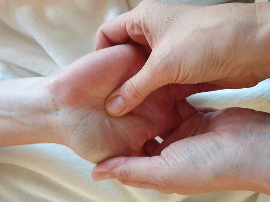 Von Wellness-Massage bis Shiatsu - dein Raum für YOGA und Massagen auf Eiderstedt, ProMentalis Garding