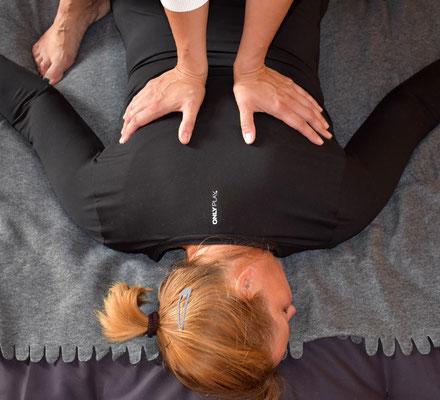 Thai Yoga, bodywork, Körperarbeit, Thai Massage, Entspannung und Achtsamkeit, Shiatsu, Berührung, Massage, Passives Yoga, Schleswig Holstein, Sankt Peter Ording SPO,  Husum, Friedrichstadt, Shiatsu