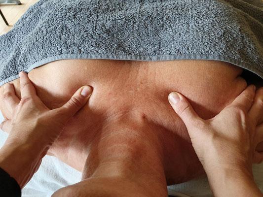 Ganzkörpermassage, Massage, Entspannung, Rückenmassage, Eiderstedt, Sankt Peter Ording, SPO, Auszeit, Yoga, Shiatsu, Hot Stone, Teilkörpermassage, bodywork, Körperarbeit, Wellness, Vital, vitalisierend