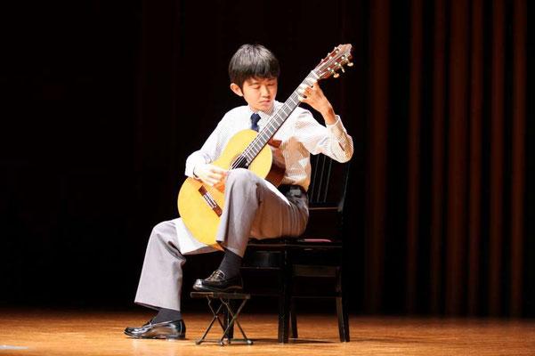 山本大河、ジュニア・ギター・コンクール最優秀賞受賞者コンサート、ミレニアムホールにて