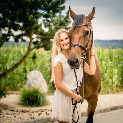 Ich liebe mein Pferd fotografiert von Das Fotoatelier Regensburg - Fotograf Regensburg