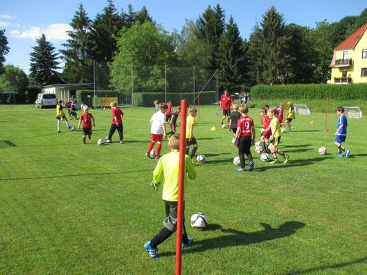 Training unter Anleitung des DFB am 14.Juni 2016