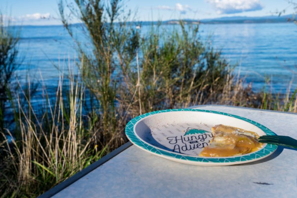 """Hungry for Adventure"" am Lake Taupo mit Eierkuchen!!"