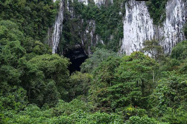 Die Fledermaus Höhle von außen
