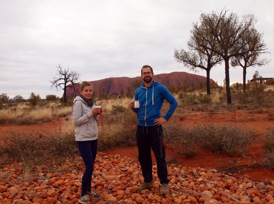 Kaffeepause vor'm Uluru