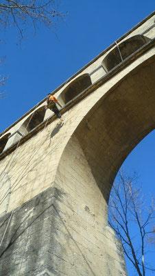 Monument historique accès difficile montpellier