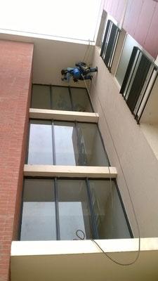 lavage vitre hauteur