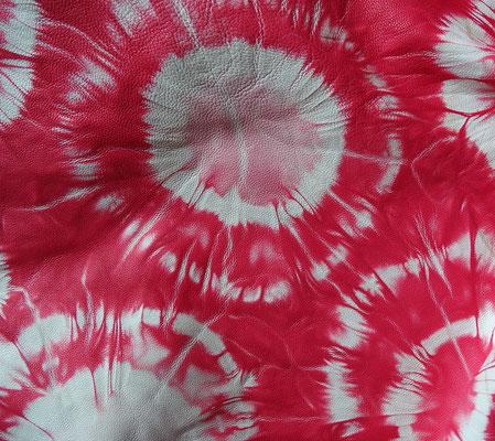 Batikleder (Koralle-Weiß), derzeit nicht verügbar
