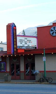 Kino in der Kleinstadt Hope/ Cinema in Hope