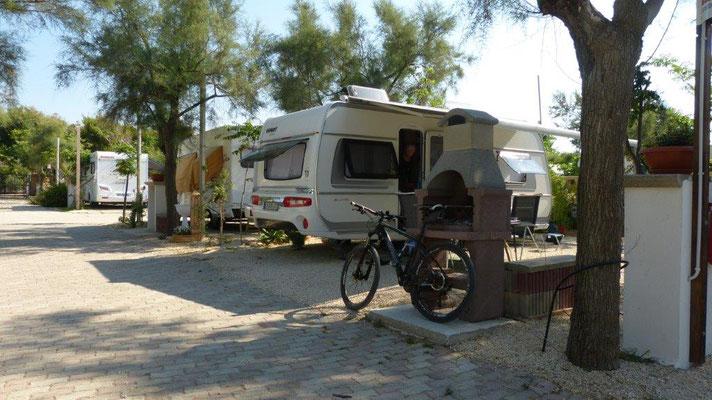 unser Stellplatz am Camping Helios