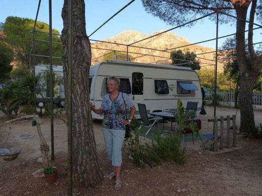 am Camp El Bahira