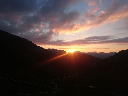Sonnenuntergang hinter dem Hohgant