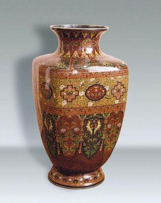 Японская ваза конца XIX века