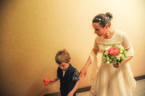 Mère et fils au mariage - Reportage de mariage près de Paris / Mother and son at wedding time - Wedding Photos