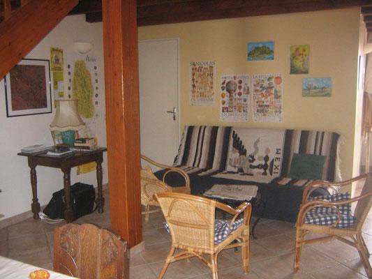 Salon du gîte l'Alambic de Montsec en Meuse