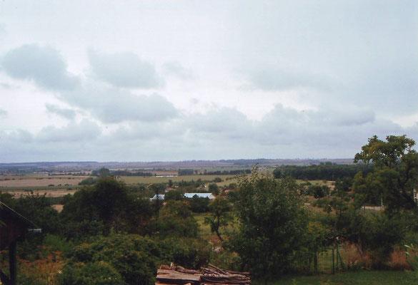 Vue de la terrasse du gîte l'Alambic de Montsec en Meuse