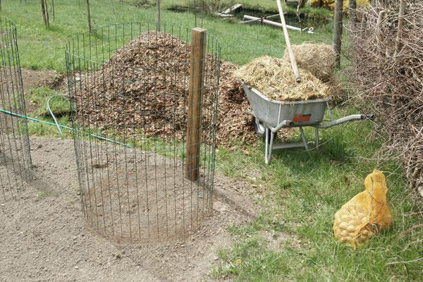 Zaun, 1 Meter hoch, 2,5 Meterlang mit Maulwurfsgitter