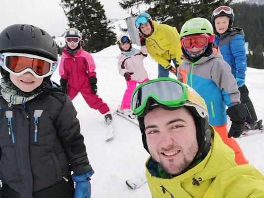 Gruppenfoto Kinderskikurs 2020 Skiteam Heufeld