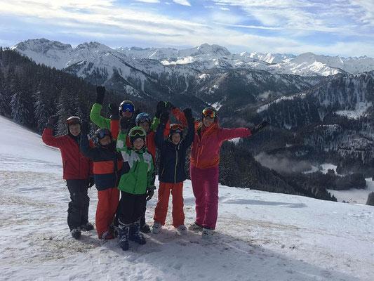 Skiteam SV DJK Heufeld Freizeitgruppe auf dem Gipfel im Spitzing.