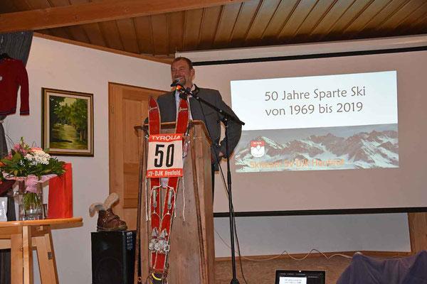 Spartnenleiter Gerhard Wallner fasste die wichtigsten Stationen der Vereinsgeschichte anschaulich zusammen.