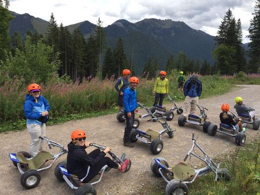 Skiteam Heufeld bei der Mountaincart Abfahrt im Spitzing