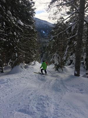 Ski-Freizeitgruppe des SV DJK Heufeld im Gelände im Spitzing 2019