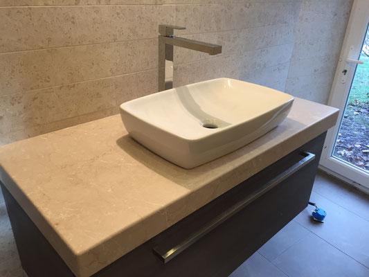 meuble salle de bain en mélaminé cleaf tranche avec plan vasque en pierre sur mesure et vasque posé tiroir blum
