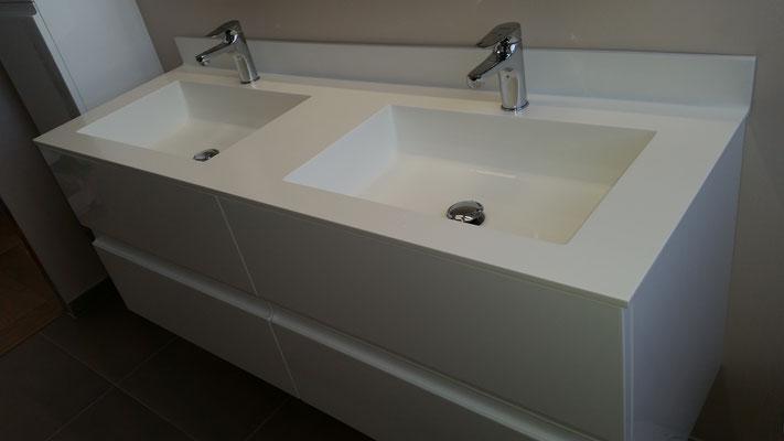 plan vasque en solid surface vkorr et meuble de salle de bain avec vasque sur mesure saint-etienne tiroir blum