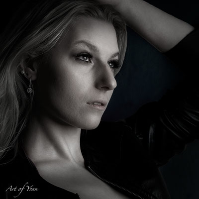 Claudia S. # 09