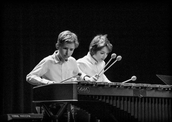 Julius Heupel und Sebastiano Caclio am Marimbaphon