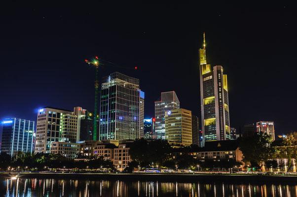 Nachtfoto von Mainhatten die Mainmetropole in Rhein-Main Gebiet