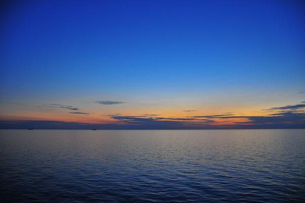 Dämmerung auf dem Baltischen Meer