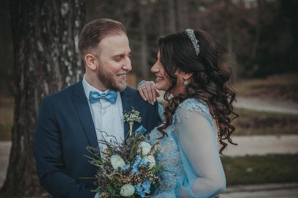 Paarshooting am Tag der Verlobung