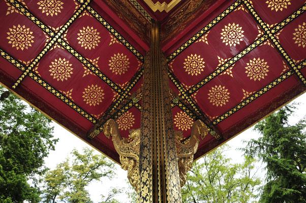 Thai-Sala Tempel Pfosten